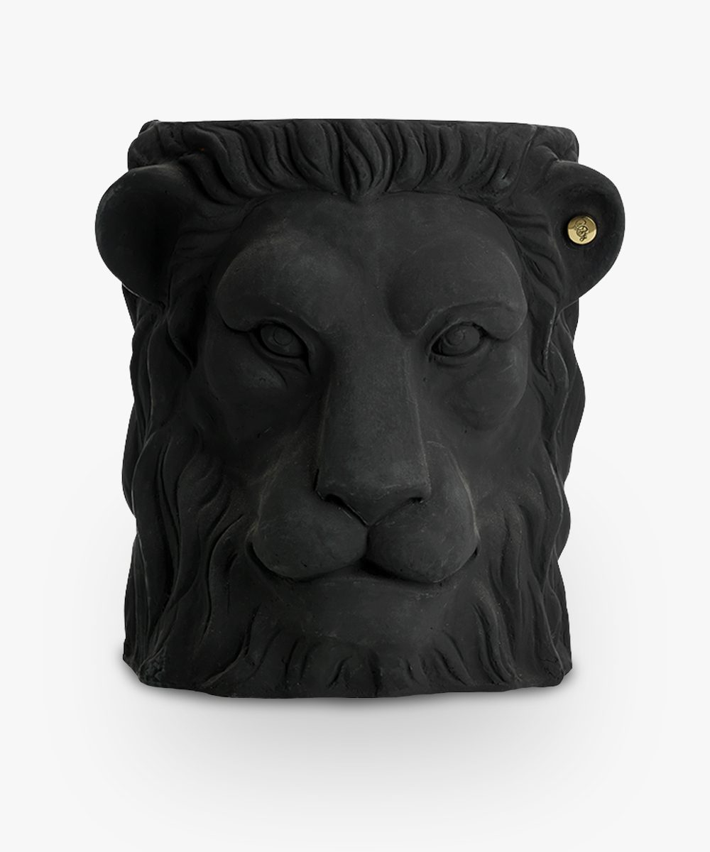lion pot black big