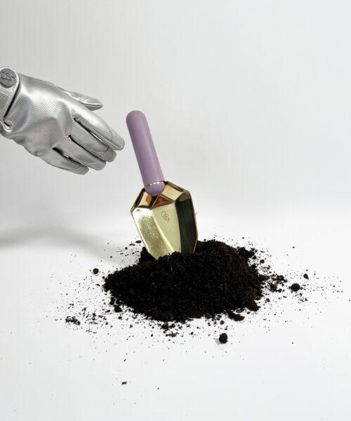 Amethyst spade