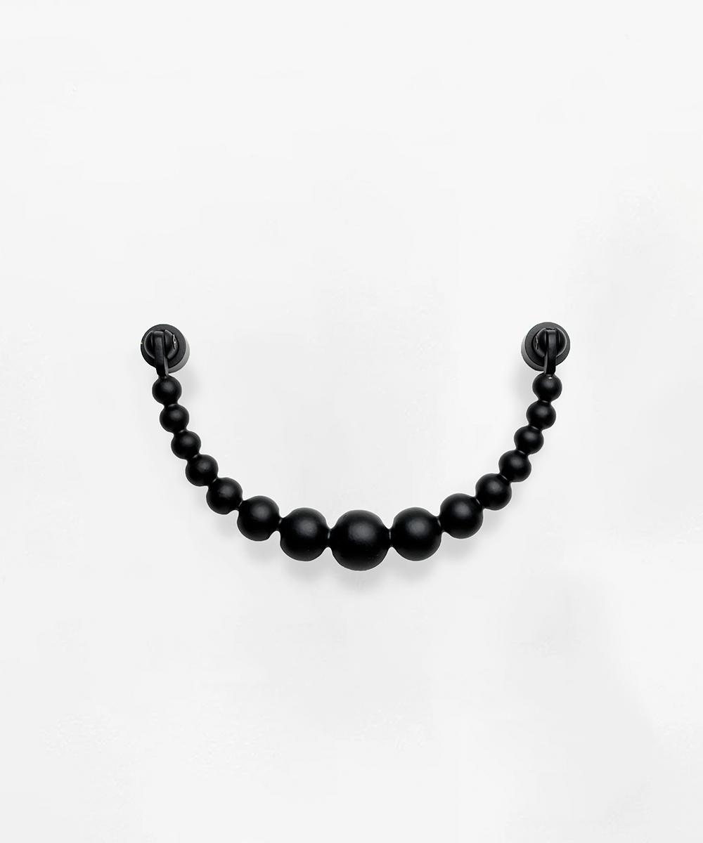 door knocker pearl